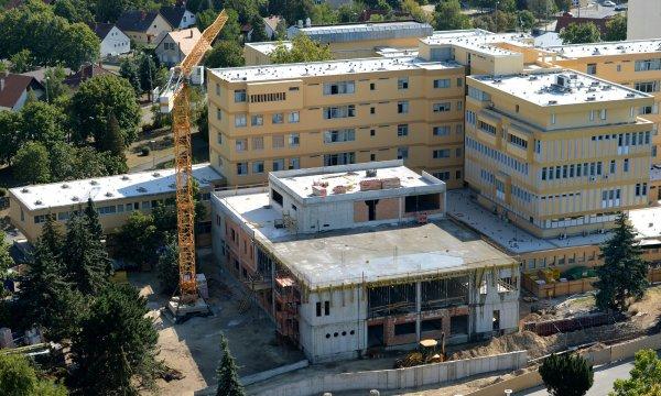 Átfogó fejlesztés Siófok Város Kórház- Rendelőintézetében a fenntartható, magas technológiai színvonalú ellátási környezet megteremtésére és Sürgősségi Centrum kialakítása