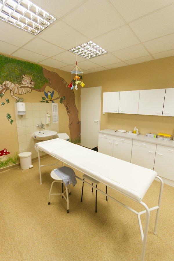Gyermek szakrendelés   Szakrendelések    Siófoki Kórház-Rendelőintézet 27e6e96440